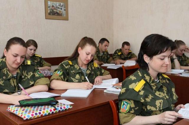 Школа прапорщиков для девушек